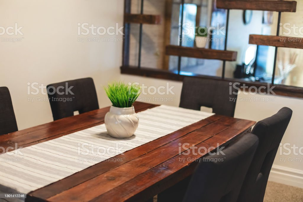 Dining Room Home Interior Design and Furniture Elements in Modern Domestic Room Photo Series Minimal Luxury Home Interior Design and Furniture Elements in Modern Domestic Room Photo Series (Shot with Canon 5DS 50.6mp photos professionally retouched - Lightroom / Photoshop - original size 5792 x 8688 downsampled as needed for clarity and select focus used for dramatic effect) Apartment Stock Photo