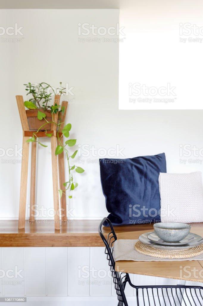Mesa De Comedor Minimalista Diseño De Interiores Decoración ...