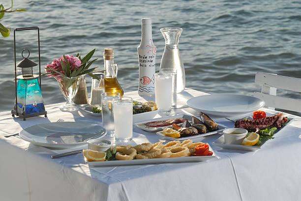 La cena tavolo - foto stock