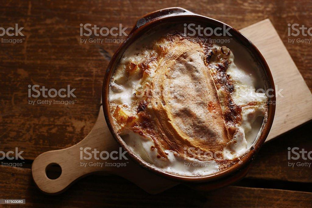 Cena-Tartiflette - Foto de stock de Alimento libre de derechos