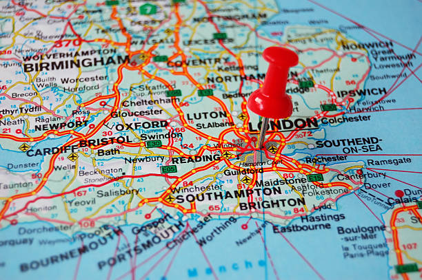 Direction - London close-up pin pointing on london in map southeast england stock pictures, royalty-free photos & images