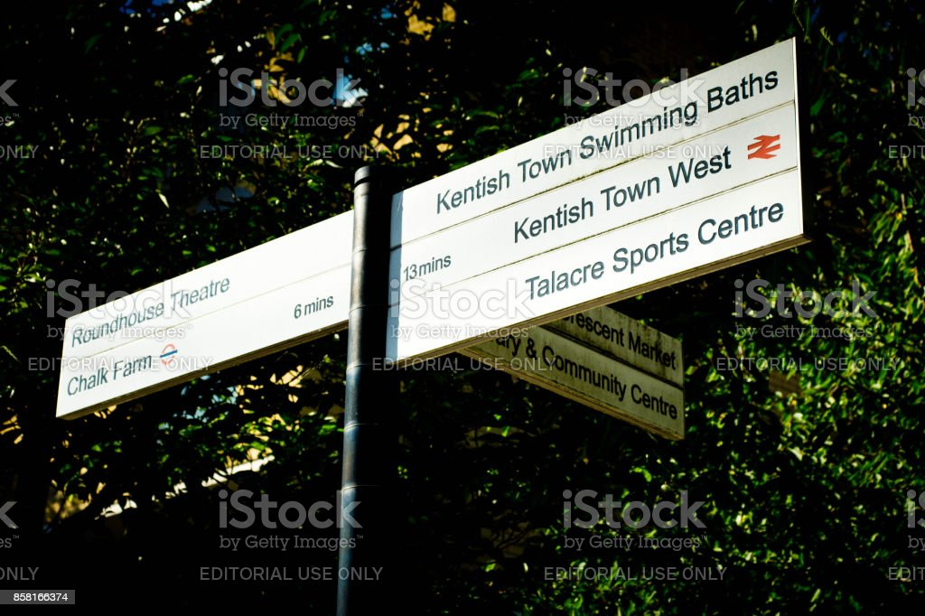 Direction sign in Hampstead stock photo