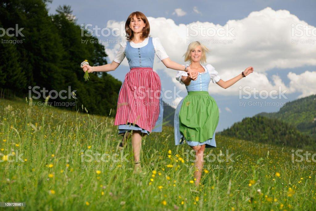Dirndl Sommer Spaß – Foto