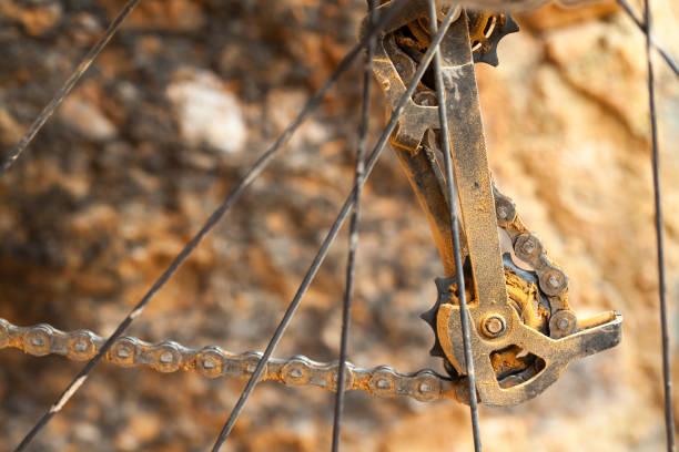 Derailleur de la bicicleta de montaña sucio - foto de stock