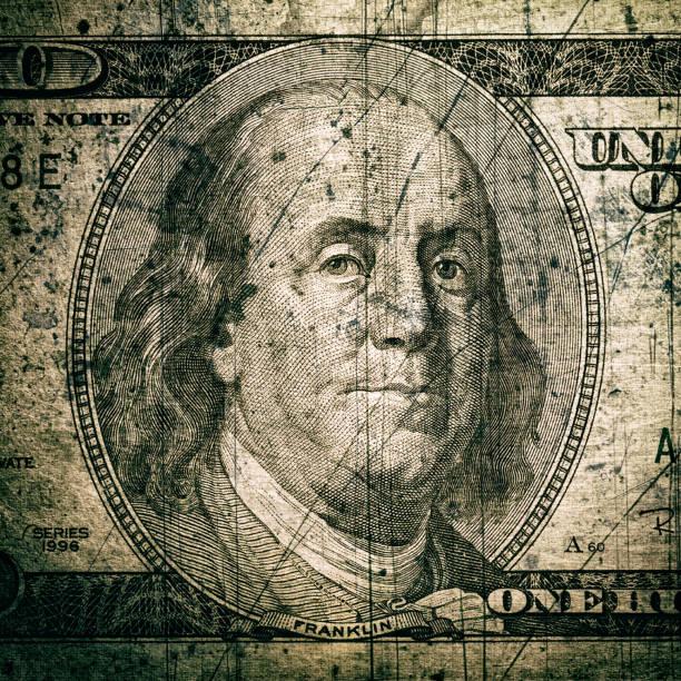 smutsiga hundra dollar bill - dirty money bildbanksfoton och bilder