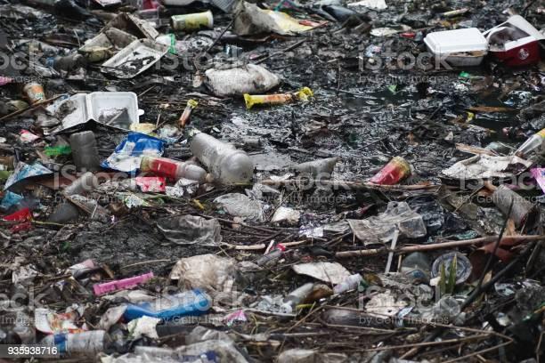 Dirty rivers with garbage picture id935938716?b=1&k=6&m=935938716&s=612x612&h=o0rtvbw ozudjsydhiblglhhgq4b2pf198nfwtqeqtk=