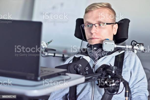Disabled Student - Fotografias de stock e mais imagens de Acessibilidade