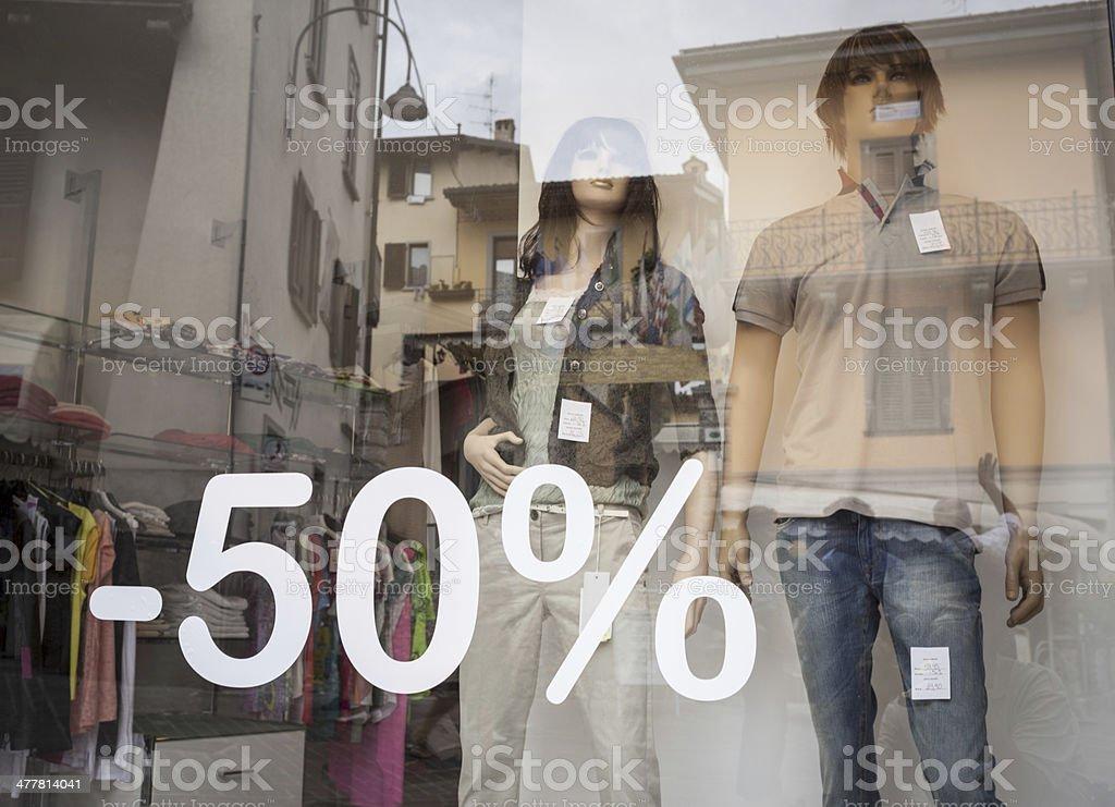 Desconto na Boutique de janela com Dummies - foto de acervo