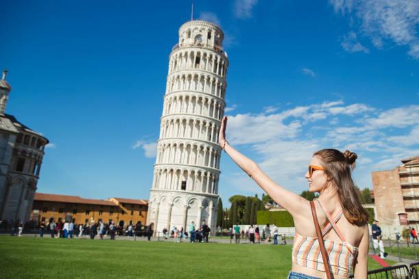 ontdek het historische italië - pisa stockfoto's en -beelden