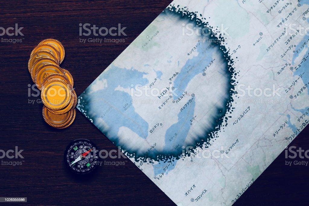 発見 Discovery Toy of gold coins, maps and self-made