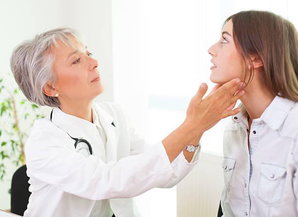 Discussion Doctor and patient consult. endocrine system stock pictures, royalty-free photos & images