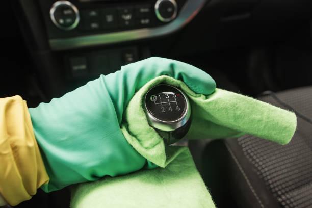 Desinfizieren eines Autos – Foto
