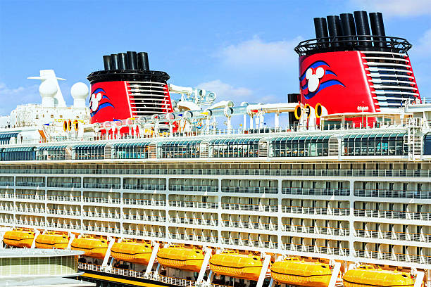 Disney cruise ship docked in port canaveral florida picture id459242411?b=1&k=6&m=459242411&s=612x612&w=0&h=f znwo77g14jcdcg1ehpy0 ecbjdim0rbj722gju0q0=