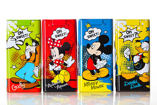 Disney figurines on tins oh sweet picture id515071909?b=1&k=6&m=515071909&s=612x612&w=0&h= imms83g0hahmxwdrpltbq0umpfantsbbulyzt1fvka=