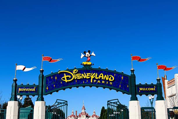 Disneyland paris picture id498795584?b=1&k=6&m=498795584&s=612x612&w=0&h=o6uu  q5khcf9yza5vpsax1yt0jgj5zomywm42nyp38=