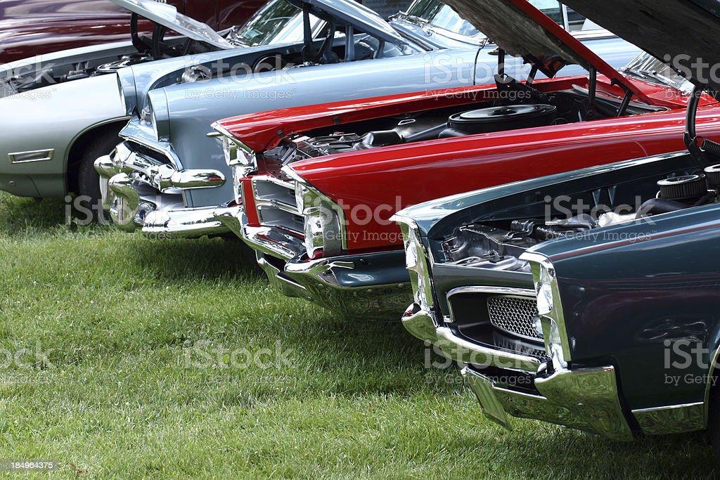 Die klassische Autos in Indiana car show. Bunte. Sommer. – Foto