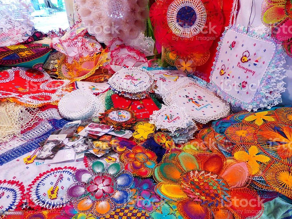 Pantalla De Nanduti En La Calle Market En Asuncion Paraguay Foto De