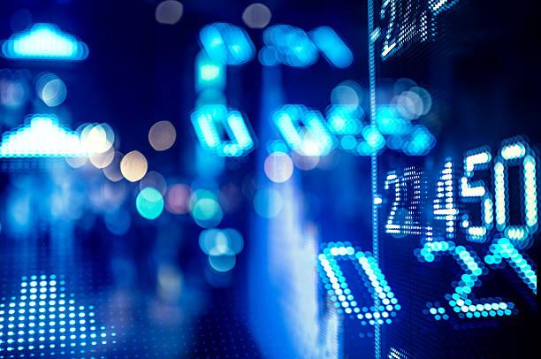 anzeige lager markt zahlen - hang seng index stock-fotos und bilder