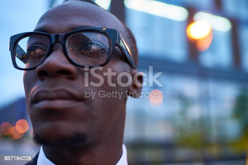 611876426 istock photo Distraught man 857164226