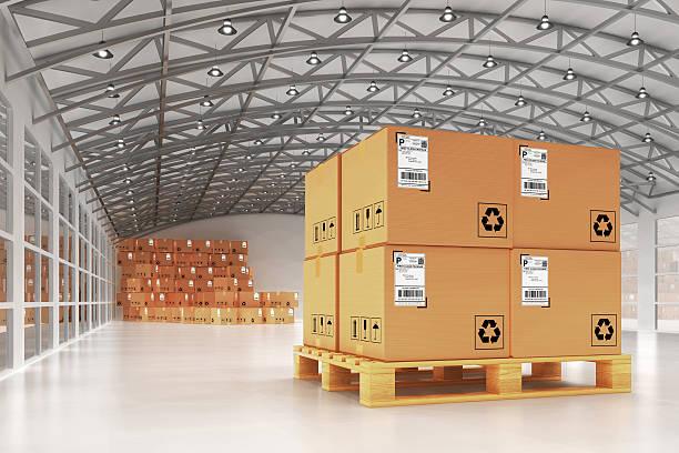 Auslieferungslager, package-Versand und Fracht und Versand-Konzept – Foto