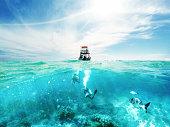ダイバーやカリブの海でボート