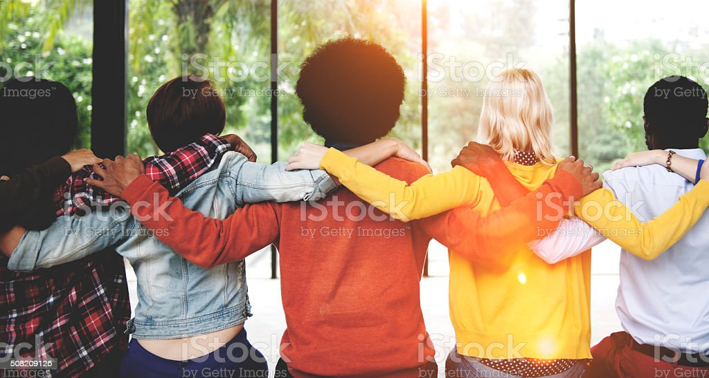 Die Menschen Freundschaft Zusammenhalt Zusammenhang Rückansicht Conc Lizenzfreies stock-foto