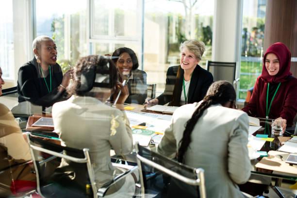 diversity people talk international conference partnership - religion culture ストックフォトと画像
