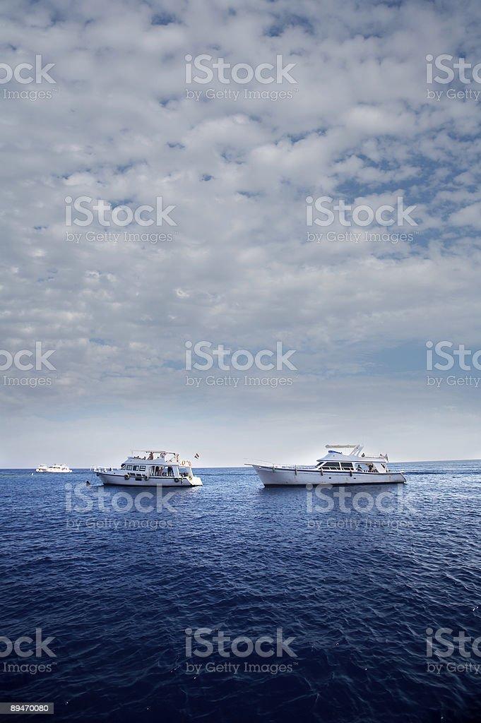 Ныряние с лодки Стоковые фото Стоковая фотография