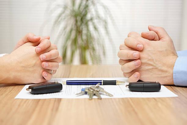 Scheidung Vereinbarung.  Frau und Mann kann nicht settlement – Foto