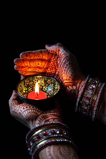 diwali feier - ruhegebet tattoo stock-fotos und bilder