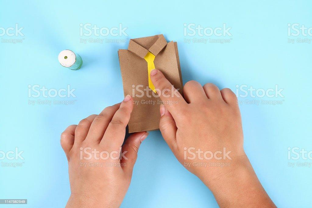 Craftadian ® | DIY Father's Day Tie CardDIY Father's Day Tie Card ... | 683x1024