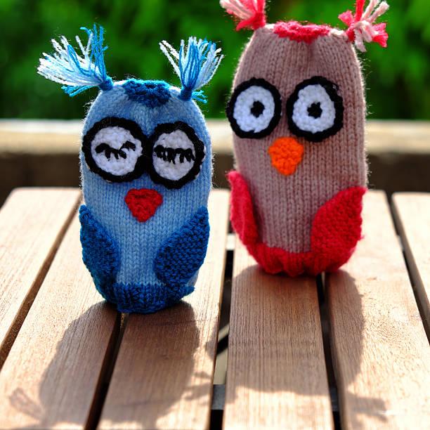 diy toy, knit owl puppet - diy eule stock-fotos und bilder