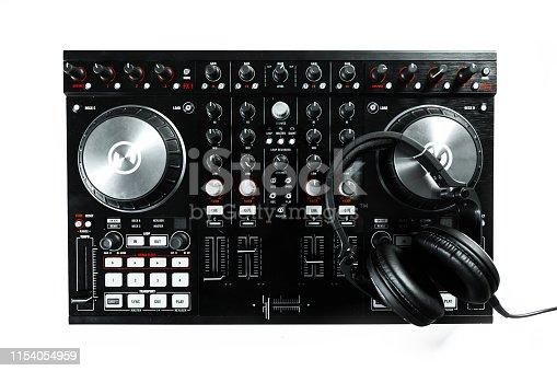 istock Dj equipment 1154054959