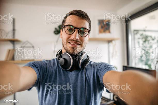 Dj taking selfie at home recording studio picture id1180572690?b=1&k=6&m=1180572690&s=612x612&h=jakzg5nrbreqahfs9rmbh9ppeaudgsbaci78tx6cnxu=
