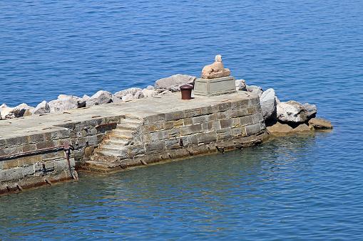 Dock pier