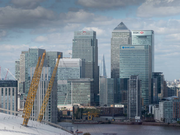 docklands, london - stephen lynn stock pictures, royalty-free photos & images