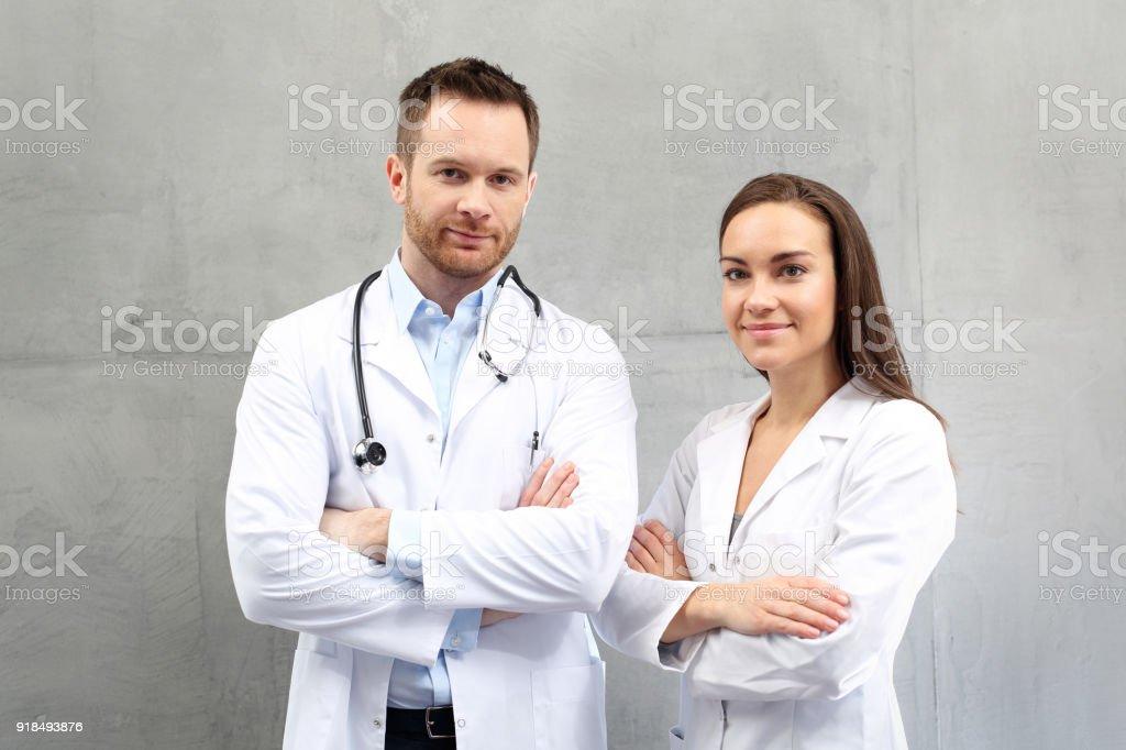Arzt und Krankenschwester – Foto