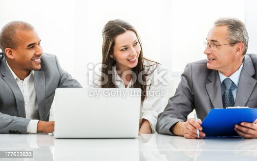 669854210 istock photo Doctor collaborating with a business team. 177623633