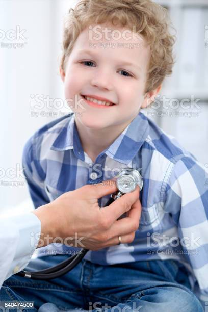 Doctor examining a child patient by stethoscope picture id840474500?b=1&k=6&m=840474500&s=612x612&h=trcq8jflczkpw d6f0zphgerhjnvziml2 ffmnfd4oi=
