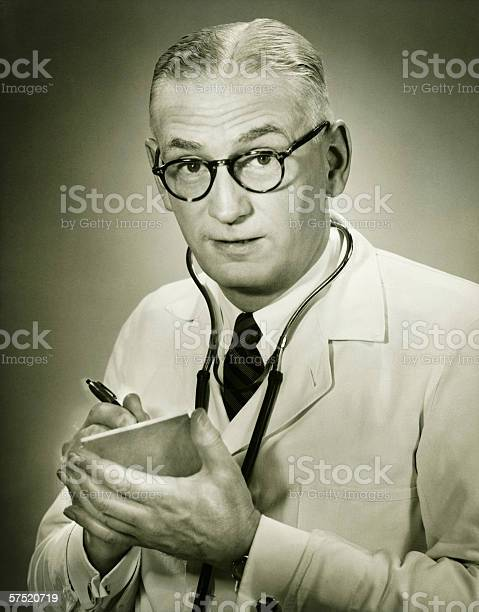 Doctor holding note pad posing in studio portrait picture id57520719?b=1&k=6&m=57520719&s=612x612&h=v7jjor9t5utdz amg0ratc77 atnrlhhl hxtyp5uvi=