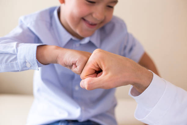 Arzt auf Erfolgskurs kümmern uns um etwas Geduld. Menschen mit medizinischen Konzept. – Foto