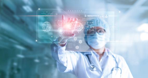 Arzt Chirurg Analyse Gehirn Patienten Testen Ergebnis Und Der Menschlichen Anatomie Auf Technologische Digitale Futuristische Virtuelle Computerinterface Digitale Holographische Innovativ In Wissenschaft Und Medizinkonzept Stockfoto und mehr Bilder von Analysieren