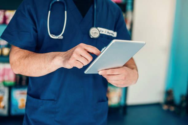 Doctor using digital tablet picture id1141535124?b=1&k=6&m=1141535124&s=612x612&w=0&h=xrmjirj29azkdfzdapf4ptr6diazpepx rdswaaux3k=