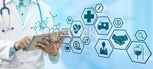 istock Doctor with Health Insurance Modern Interface Icon 924111674