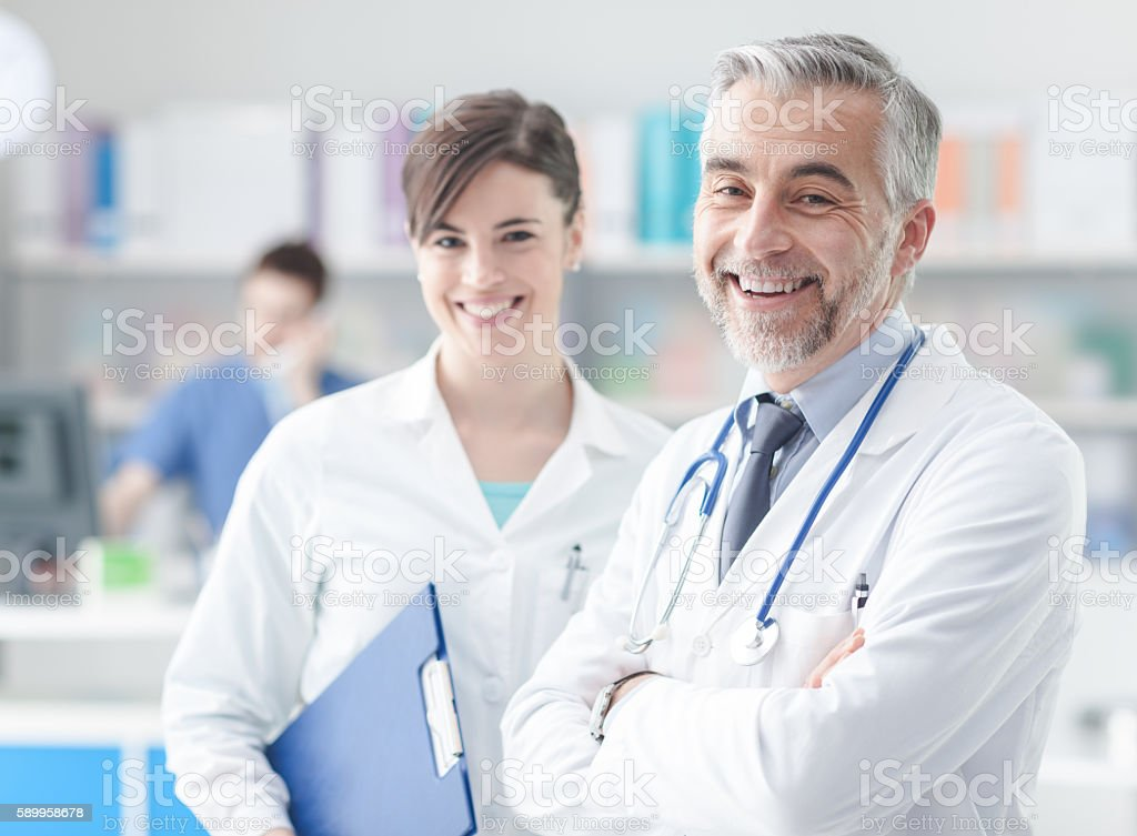 Doctor with his assistant – Foto