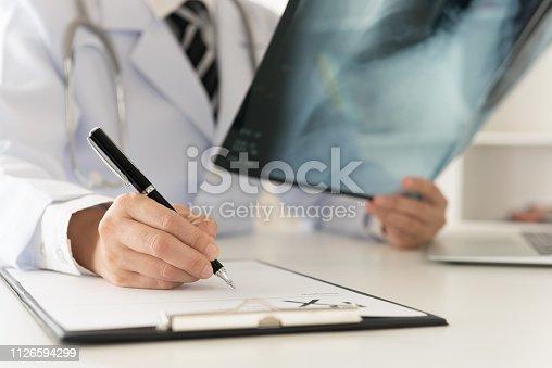 istock Doctor x-ray 1126594299