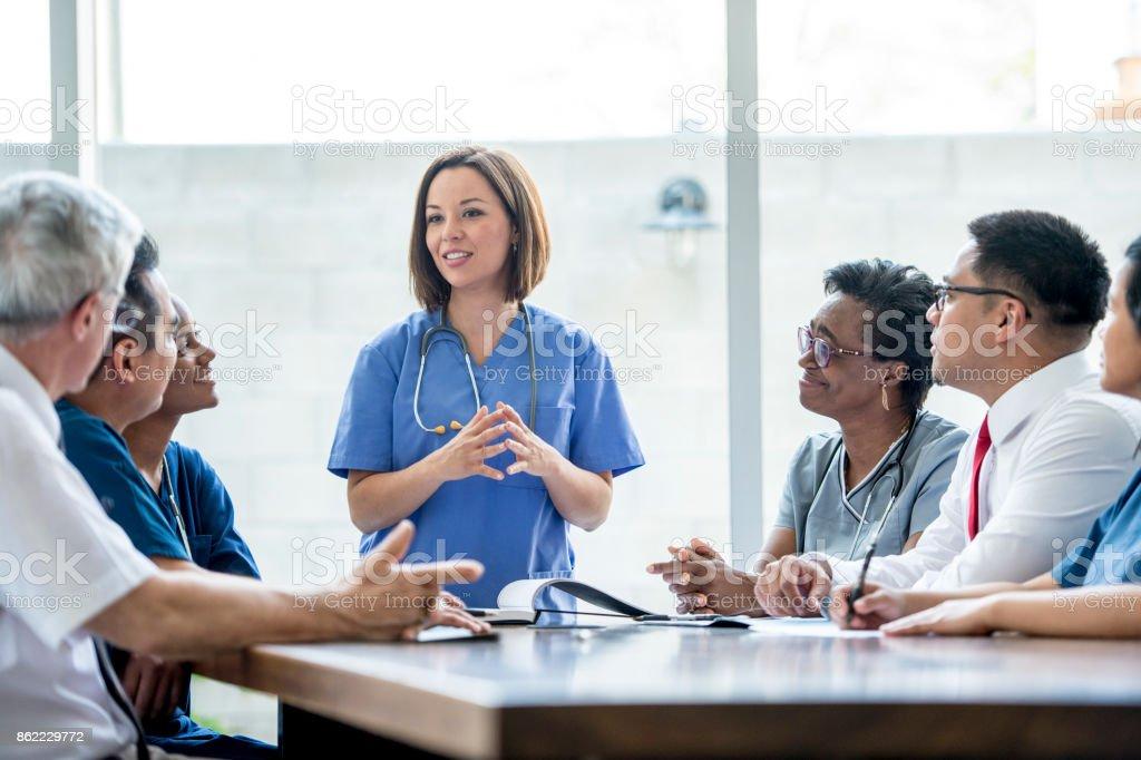 Doctors Meeting - Стоковые фото Employee роялти-фри