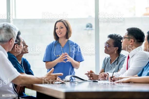 Doctors meeting picture id862229772?b=1&k=6&m=862229772&s=612x612&h=g06clkh9koxn1upp0k8m5bwxafzv nh91lvrdbprufu=
