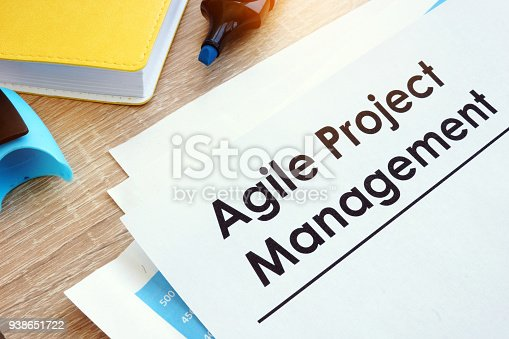 istock Document Agile Project Management on a table. 938651722