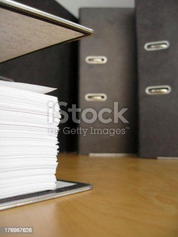 istock Documents 2 176967626